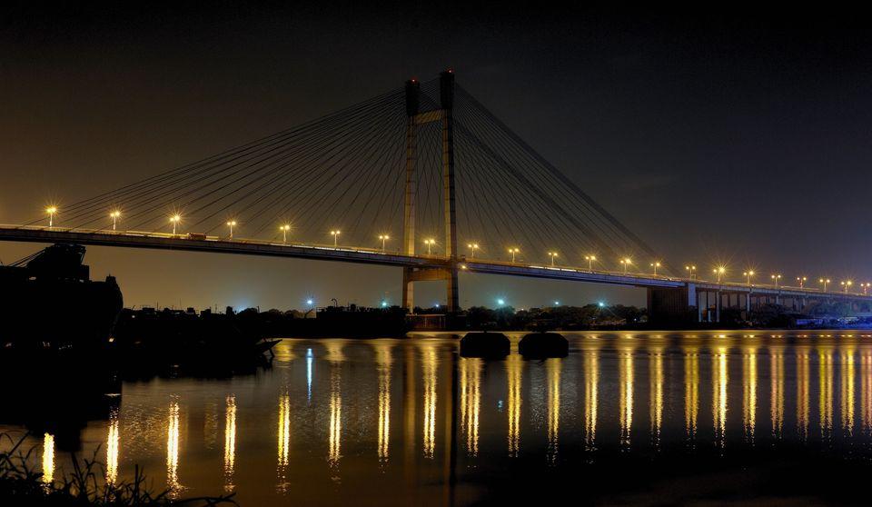 Amidst the chaos, Howrah bridge