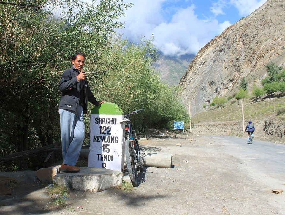 On the way to Tandi