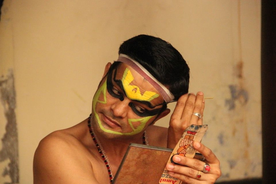 kathakali make up essay Kathakali dance-drama provides a comprehensive introduction to the distinctive and colourful dance an introduction to kathakali stage conventions, make-up.
