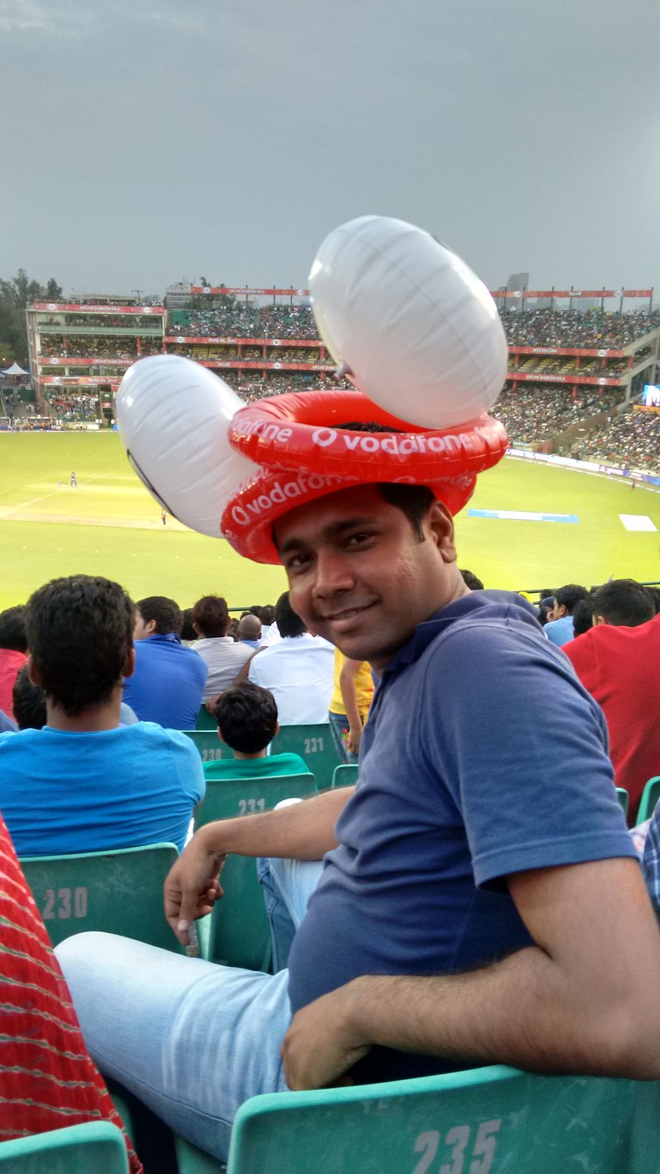i saw one cricket match What was the first cricket match that you have seen can you watch a cricket match being played at wankhede stadium from one of those apartments beside the stadium which stand is the best to watch cricket match in wankhede stadium.
