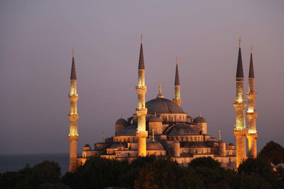 Photos of Blue Mosque 1/1 by Ruchika Makhija