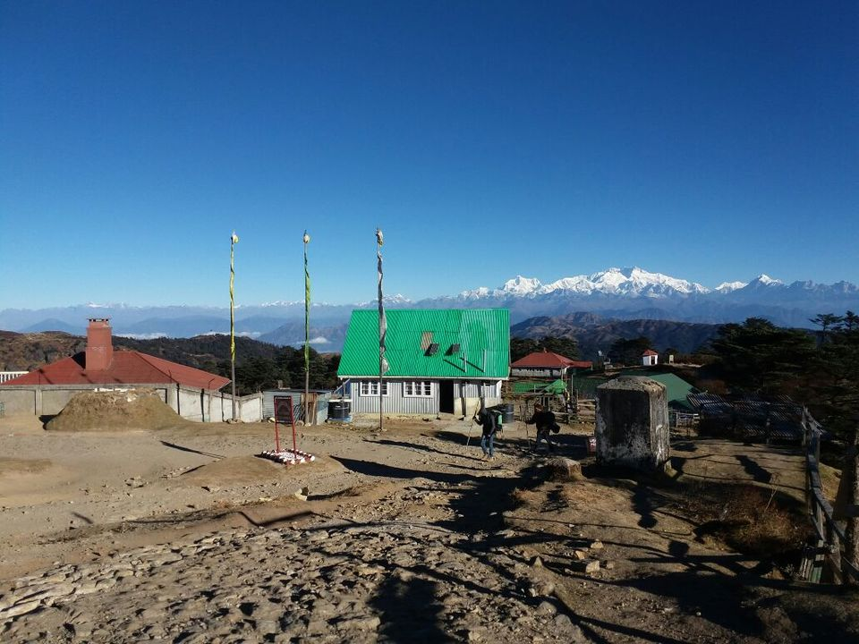 Photos of Sndakphu,,way to heaven...combination of nepal and India. 4/15 by Debasree