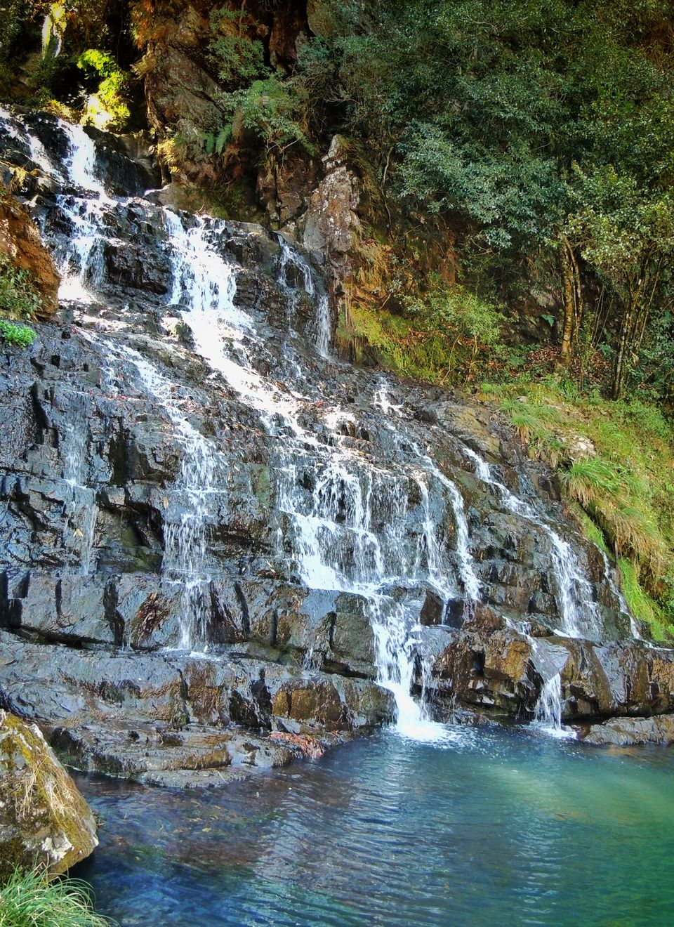 Photos of Elephant Falls, Shillong, Meghalaya, India 1/1 by pshrutika