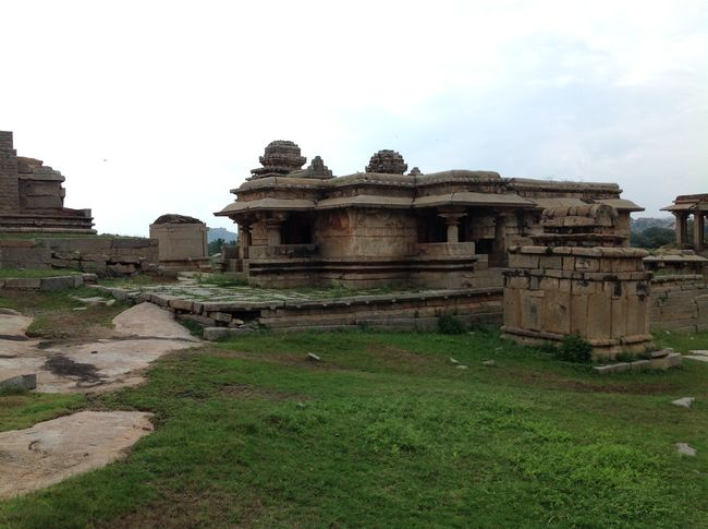 Photos of Hampi - City of Glory 5/16 by Prakash Nadikoti