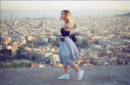 This 21-Year-Old Is Getting PAID To TRAVEL The World & It's Not As Difficult As You'd Imagine