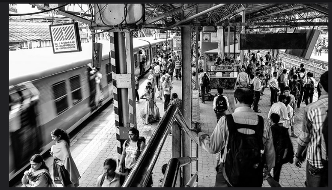 How to travel smart in Mumbai