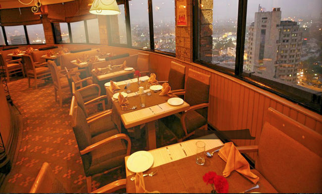 7 Unique Dining Experiences in Delhi Only True Food Lovers Would Know About