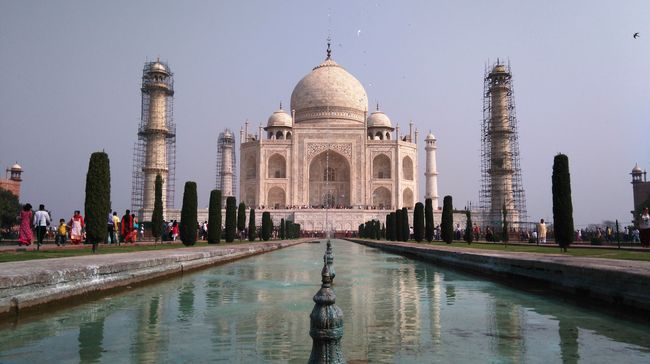 9 Places to visit in AGRA