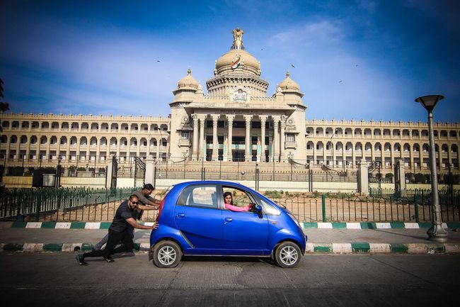 Meet The NanoMADs Who Are All Set To Drive A Tata Nano Through 13 Countries For The Mongol Rally