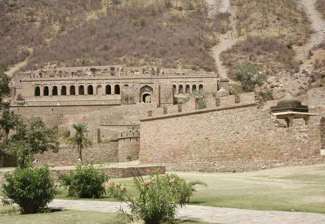 Bhangarh Fort: The Unsolved mystery