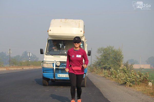 The only woman to run the Golden Quadrilateral, 47-year old Michelle Kakade, is a star!