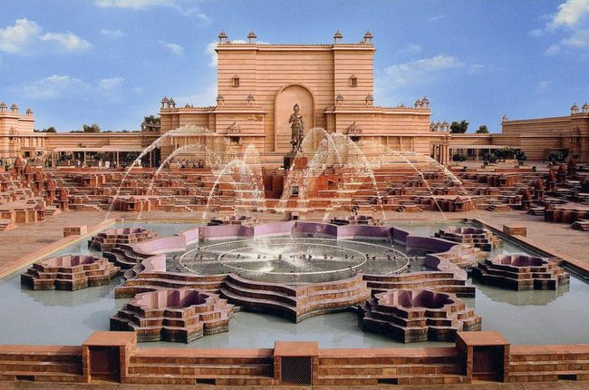 Photos of Akshar Dham - (Things you should know about Akshardham) 2/7 by Mayank Pandeyz (with floating shoes)