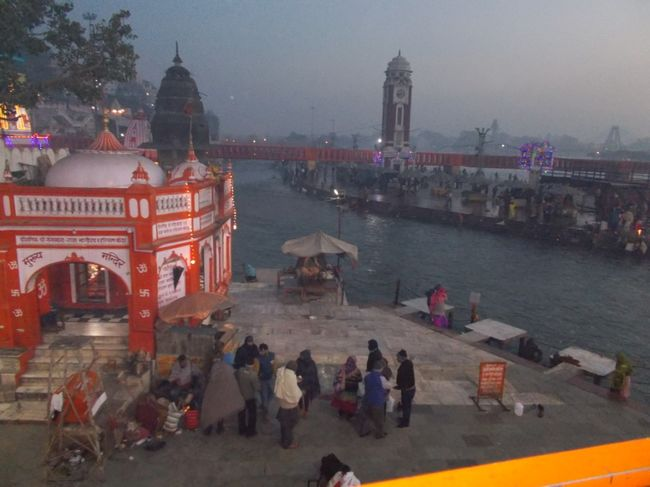 Photos of Gateway to Gods - Haridwar 3/12 by Mayank Pandeyz (with floating shoes)