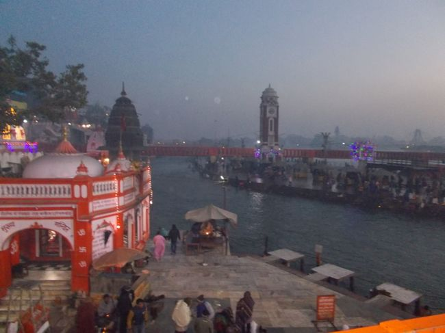 Photos of Gateway to Gods - Haridwar 2/12 by Mayank Pandeyz (with floating shoes)