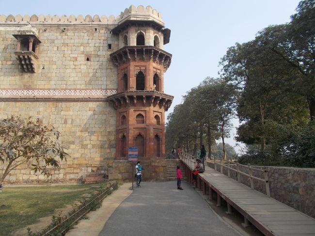 Photos of Purana Qila, Mathura Road, New Delhi, Delhi, India 16/21 by Mayank Pandeyz (with floating shoes)