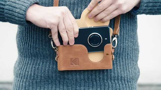 The Best Gift for Your Traveller Friends – The Kodak Smartphone Designed For Photographers
