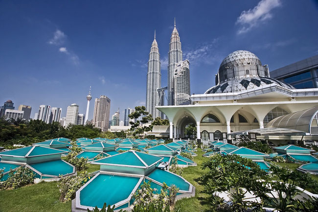 7 Best Tourist Attractions In Malaysia
