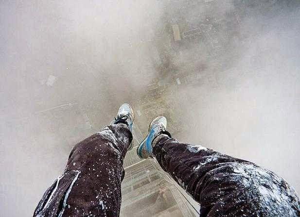 Vitaliy Raskalov: World's Most Adventurous Photographer: (This Guy's On His Own Trip Series)