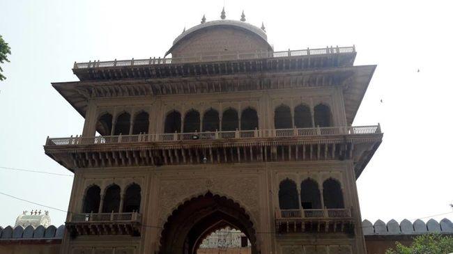 Solo Trip to Mathura - Vrindavan - Agra