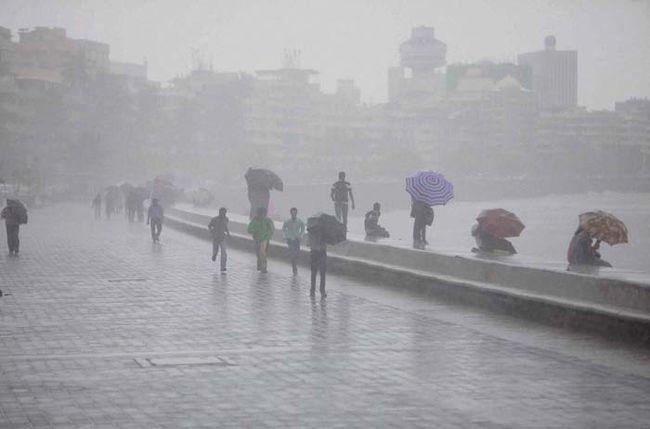 Mumbai monsoon mania