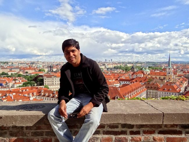 8 Modern Stories Of Indian Wanderers Who Refuse To Quit Their Jobs To Travel