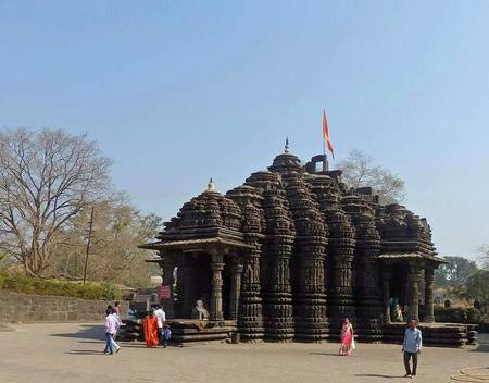 Ambernath's iconic Shiv Temple - A treatise carved out of stone