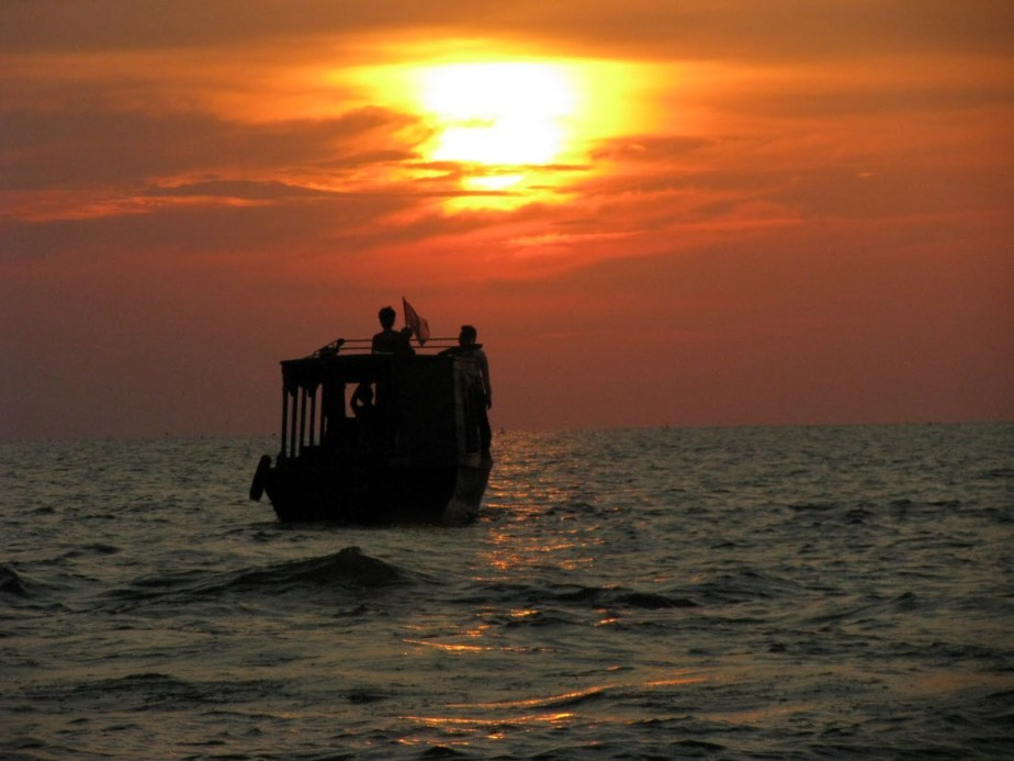 Photos of Sunset by Tonle Sap Lake, Siem Reap, Cambodia. A photo walk. 1/1 by Rommanne