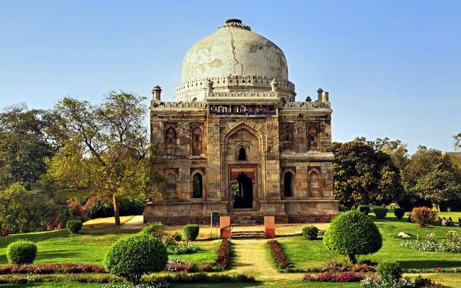 Historical Monuments In Delhi Famous Monuments In Delhi Tripoto - Incredible monuments ever built
