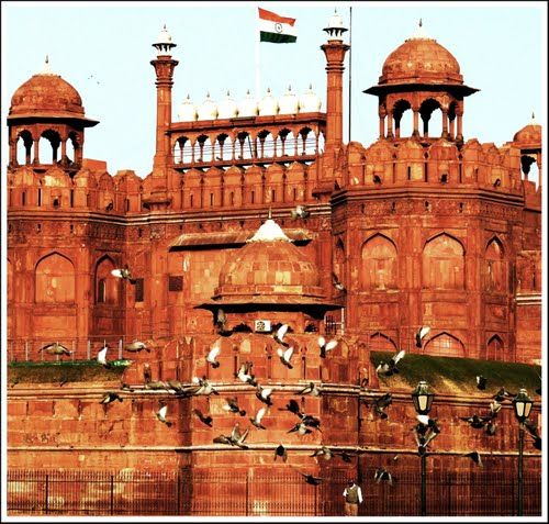Top Places Attractions To Visit In Delhi
