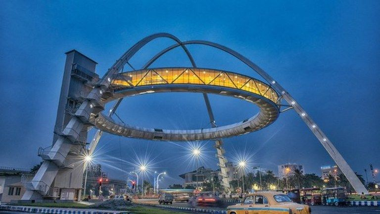 Kolkata Gets Its First Hanging Restaurant- Biswa Bangla Gate - Tripoto