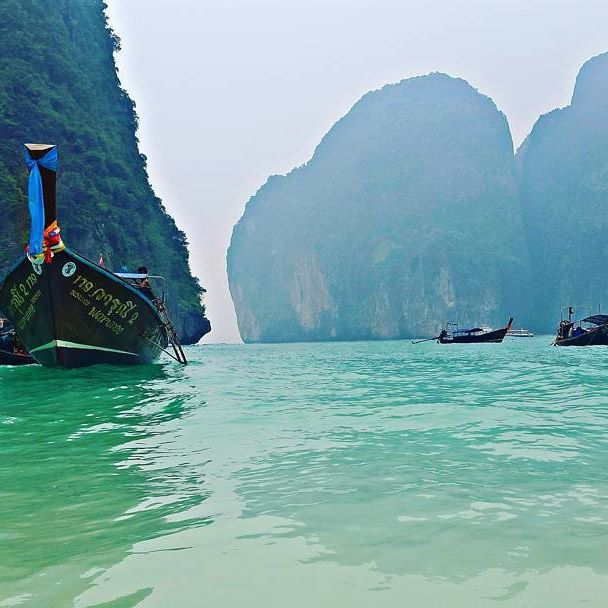Koh Phi Phi Leh: 16 Amazing Images To TravelAsia From The Lens Of Regular