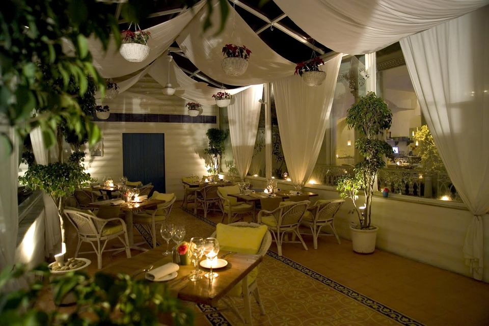 10 best candle light dinner in delhi candle light dinner photo of 15 restaurants that are perfect for a candle light dinner in delhi this valentines mozeypictures Image collections