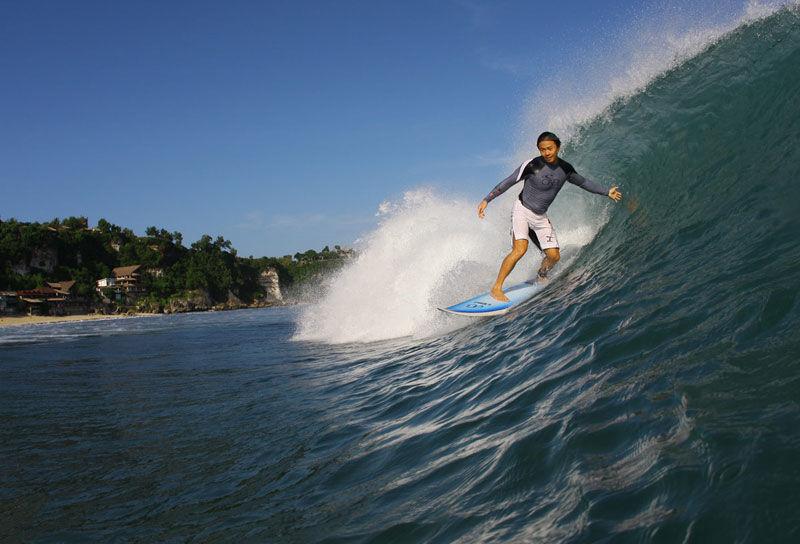 Foto Pantai Kuta, Kuta, Kabupaten Badung, Bali, Indonesia oleh Arland
