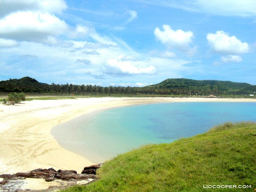 Foto Pantai Tanjung Aan, Lombok Tengah, Nusa Tenggara Barat, Indonesia oleh Arland