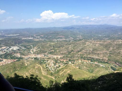Carte Barcelone Montserrat.Why You Should Plan A Day Trip To Montserrat From Barcelona Tripoto