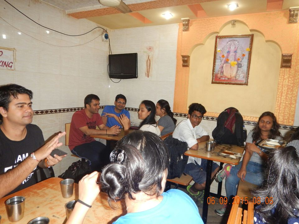 Photos of The Breakfast Break 1/39 by Dipanwita Chakraborty