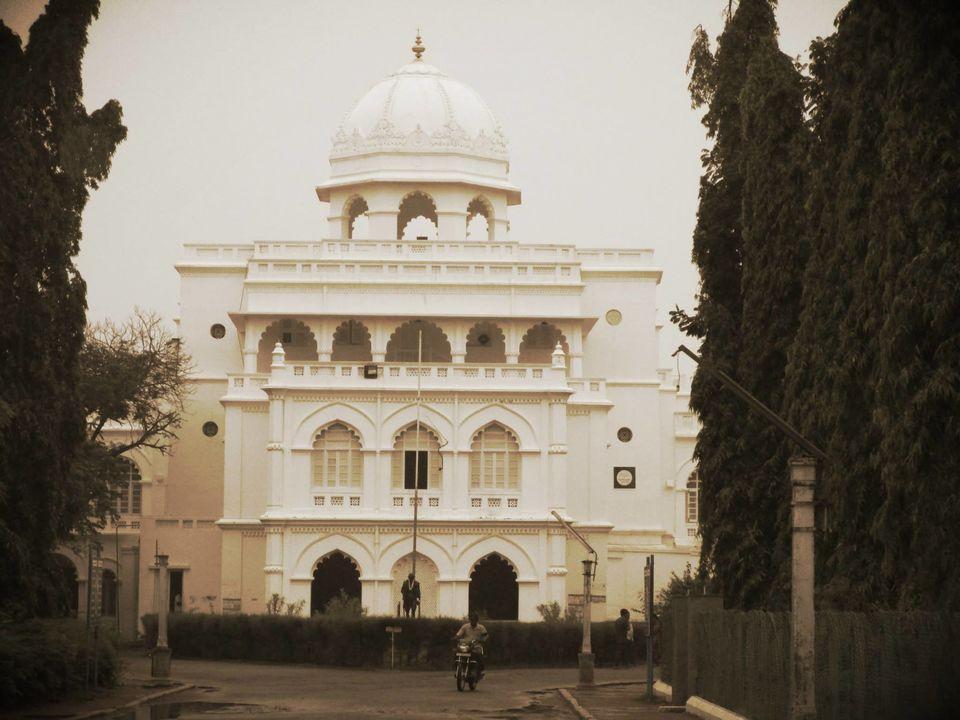 Photo of Gandhi Memorial Museum, Alwarpuram, Madurai, Tamil Nadu, India by Navneeth Venkatesh