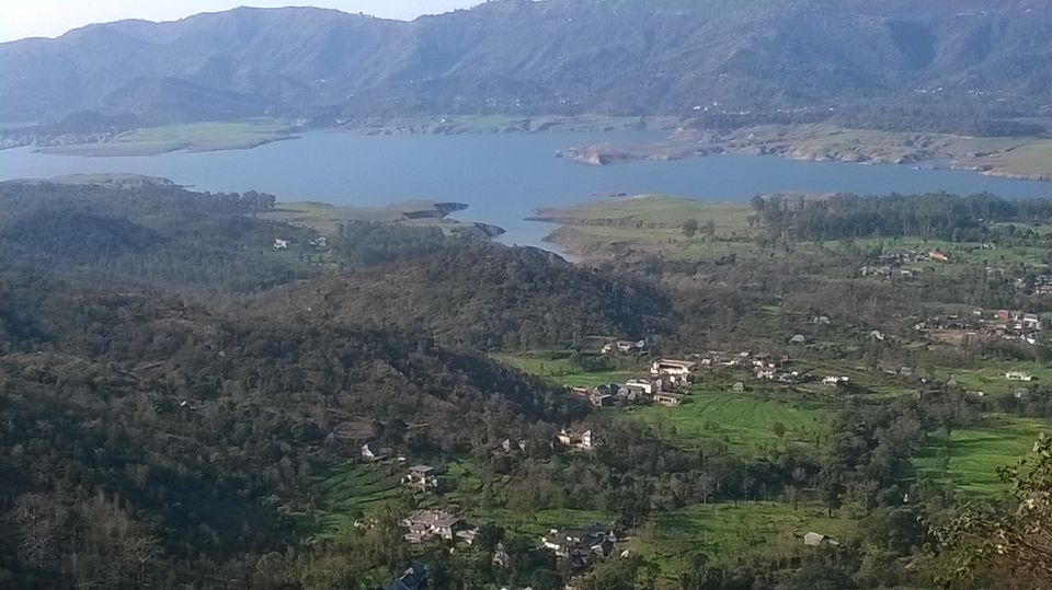 Photos of A beautiful lake in the vicinity of mountains. 1/12 by Aditya Srivastava