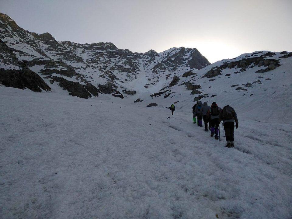 Photo of Indrahar Pass, Dhar Alangari, Himachal Pradesh by Sheetal Vibhuti escapingsoul.in