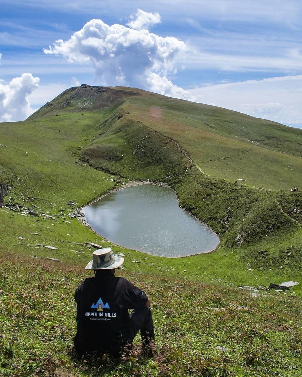 Photo of Saurkundi Pass, Riyara, Himachal Pradesh by Sheetal Vibhuti escapingsoul.in