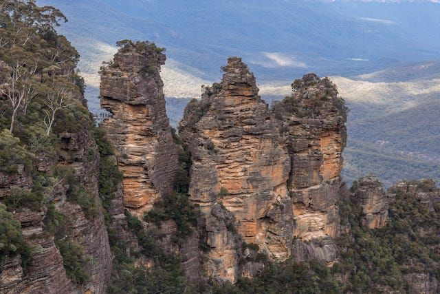 Photos of Echo Point, Katoomba, New South Wales, Australia 1/2 by Shona Guthrie