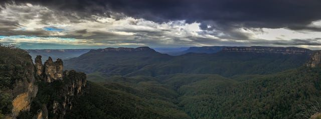 Photos of Echo Point, Katoomba, New South Wales, Australia 2/2 by Shona Guthrie