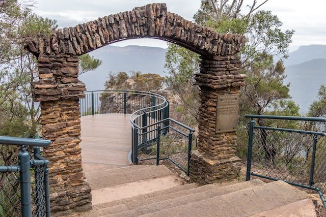 Photos of Three Sisters Walking Track, Katoomba, New South Wales, Australia 1/7 by Shona Guthrie