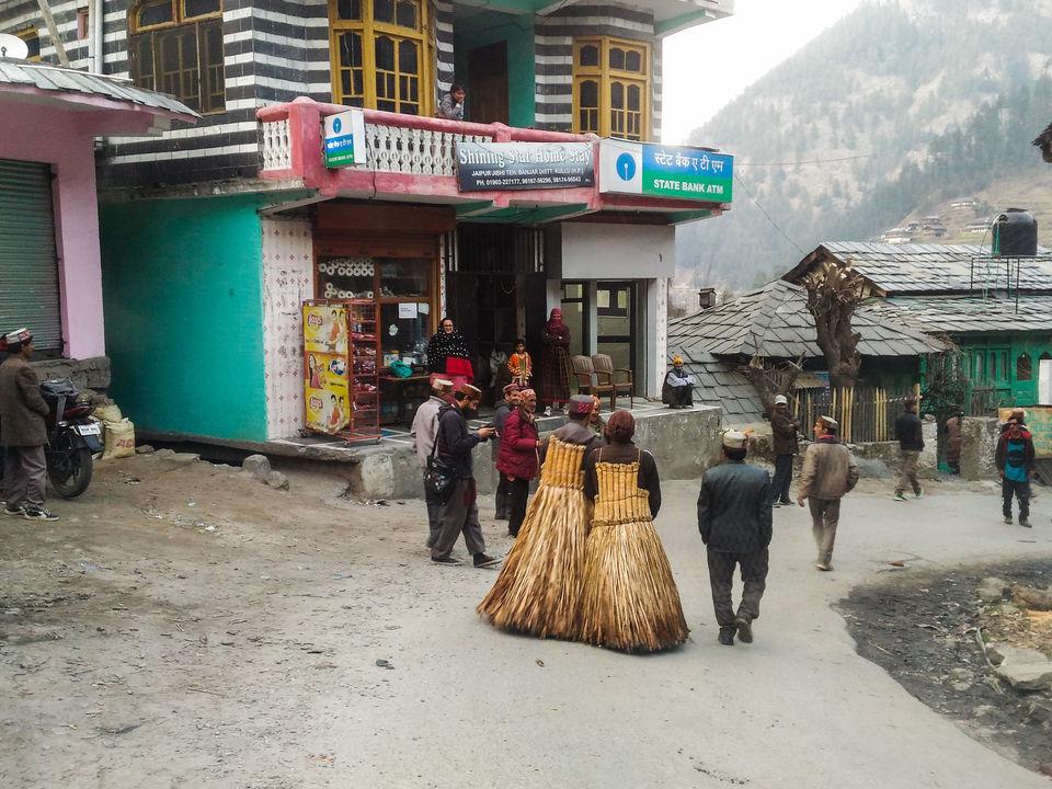 Photo of The 'apdevtas' roaming around by Monidipa Bose