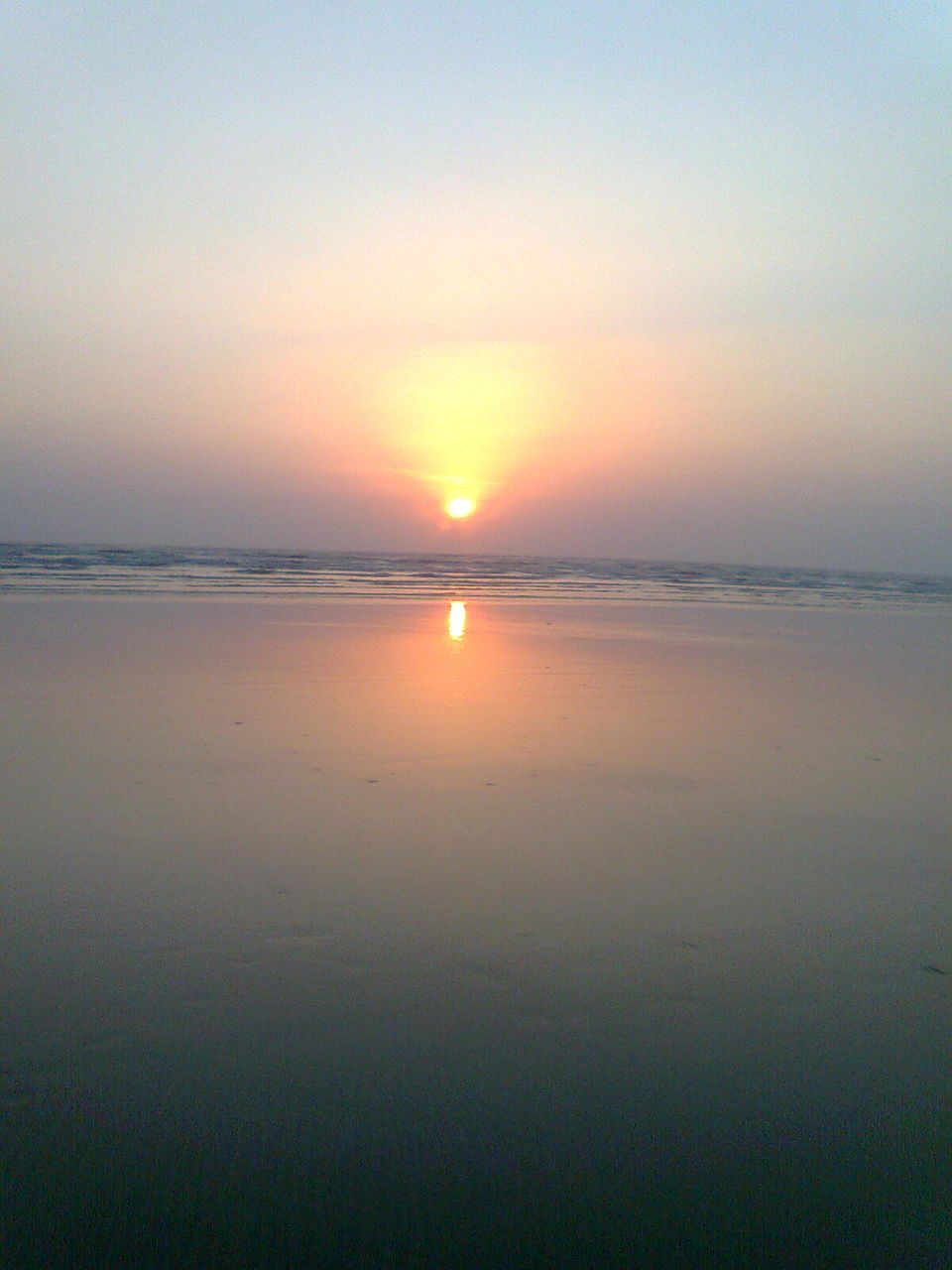 Photos of Sunrise @Nagaon beach 1/10 by Swetha Rajagopal Anand