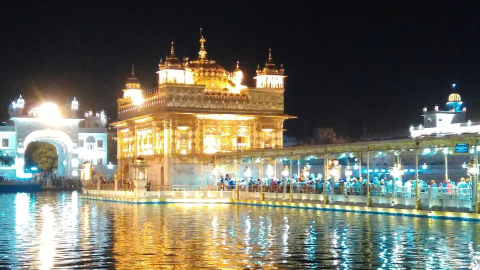 Photos of Amritsar, Punjab (Golden Temple/ Wagha Border) 1/1 by Daya Parulekar