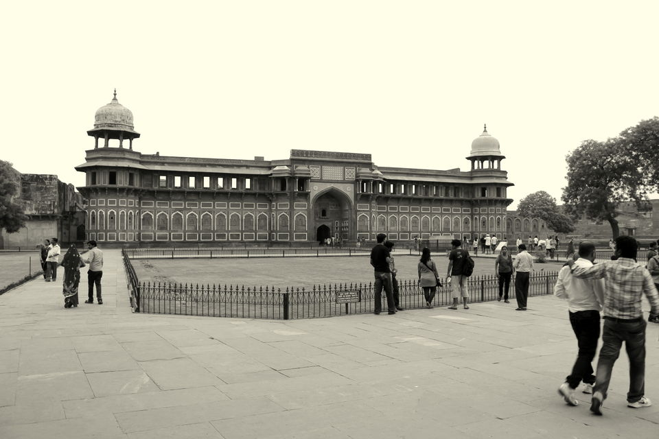 Photos of An Epitome Of Mughal Architecture -Agra Fort  1/24 by Kavita