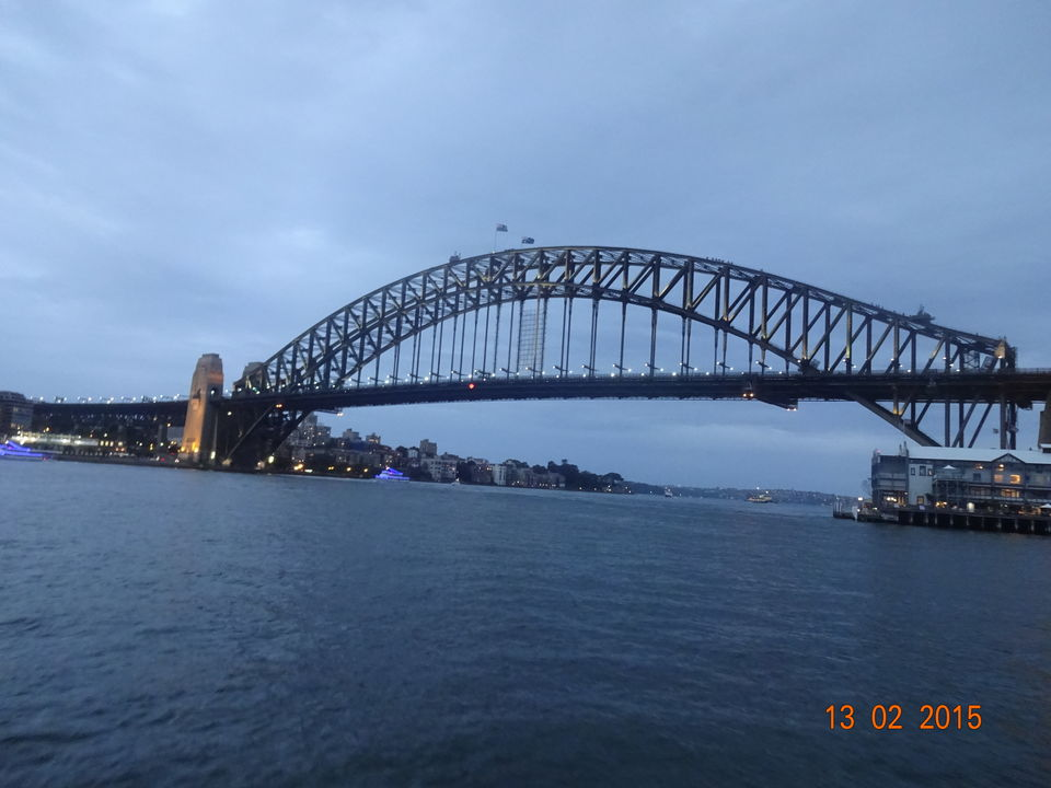 Photo of Sydney Harbour Bridge, Sydney, New South Wales, Australia by Nikita Mathur
