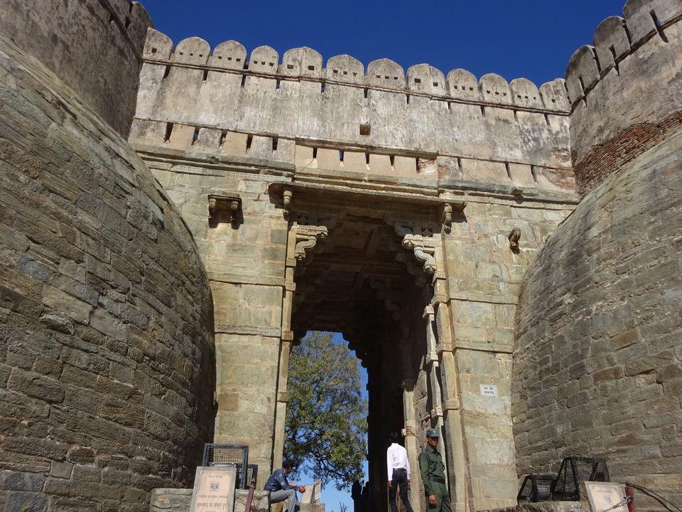 Photos of Kumbalgarh Fort 2/11 by Prahlad Raj