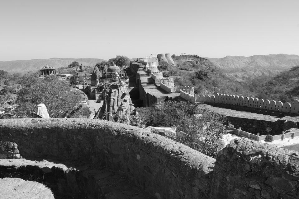 Photos of Kumbalgarh Fort 3/11 by Prahlad Raj